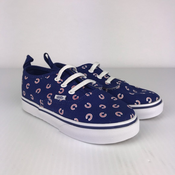 60ae3876fef Vans KIDS MLB Chicago Cubs Blue Canvas